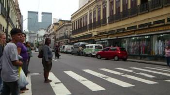 Пешеходы в Англии какие-то они там нерусские  - peshehod_eng.jpeg
